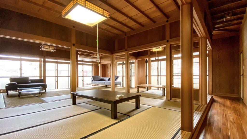 石垣島コワーキングスペースKLATCH Ishigakiの室内